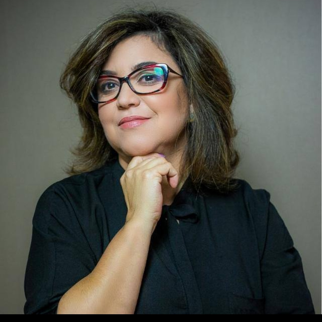 Viviane Faria Santos